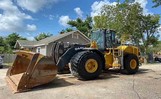 What Are The Different Types Of Loader Machines